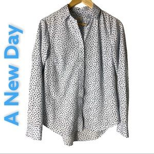 """A new Day novelty Prinh """"Hearts"""" button front top"""